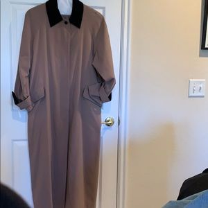 CLASSIC ANNE KLEIN MAXI TRENCH 14